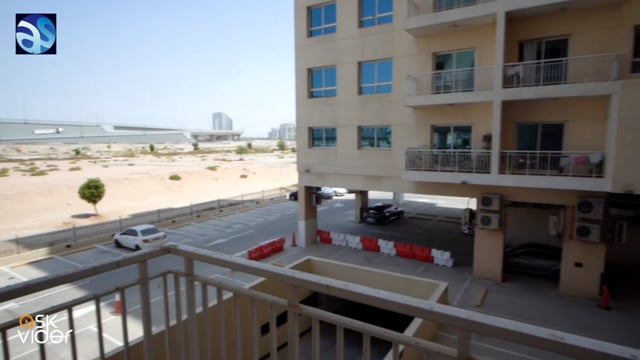 3 Bedroom Apartment  with Store and Laundry For Rent in Mazaya 4 Liwan