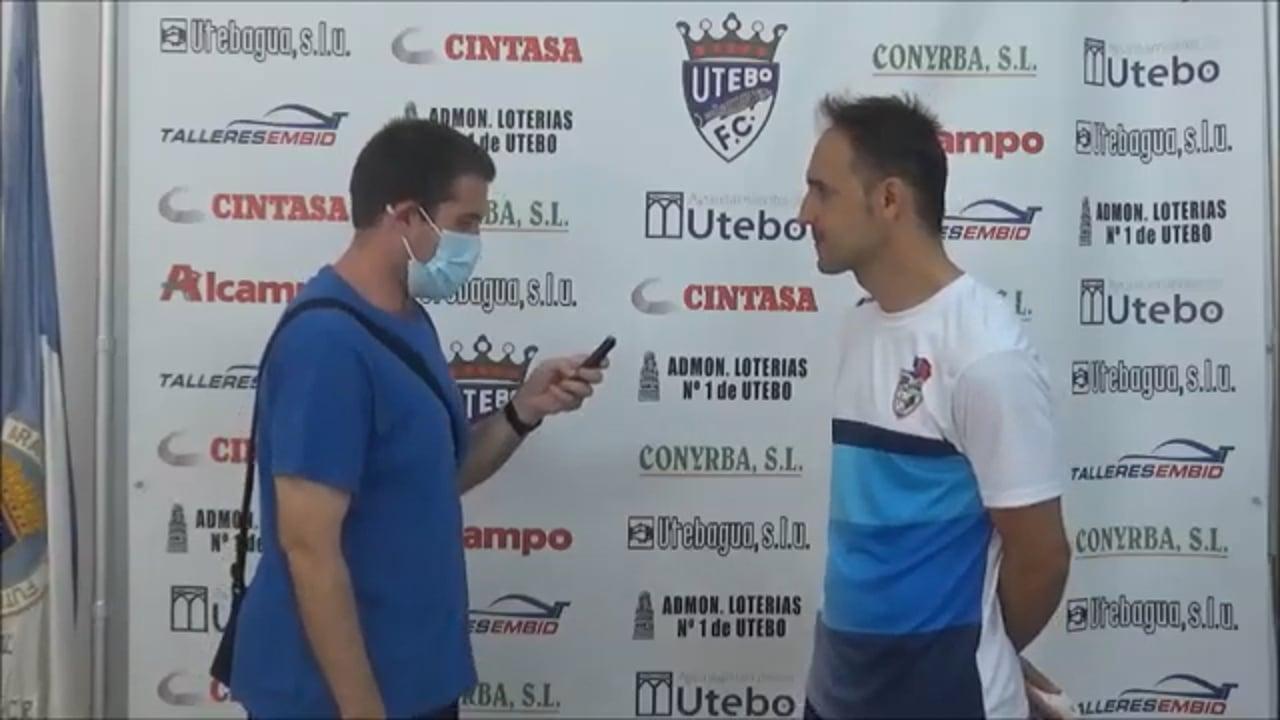 DAVID GIMÉNEZ (Entrenador Binéfar) CF Utebo 2-2 CD Binéfar / J 3 / 3ª División