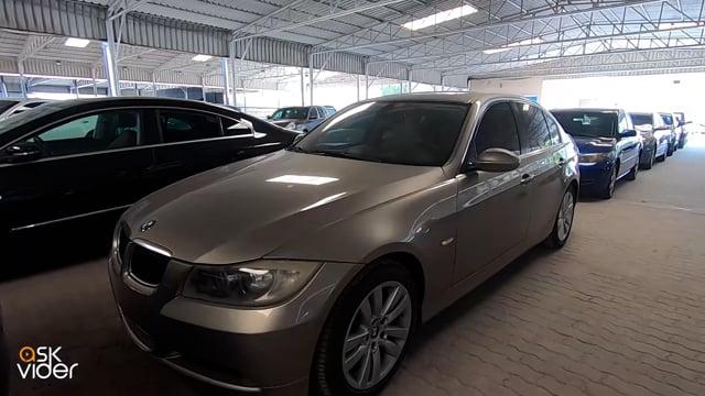 BMW 325i - GOLD - 2008