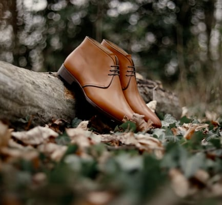 Video: GABIN - Tawny leather on leather sole