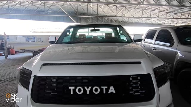 TOYOTA TUNDRA - WHITE - 2...