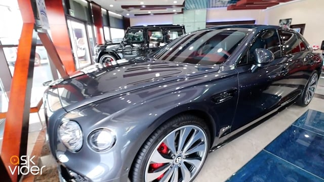BENTLEY CONTINENTAL FLYING SPUR - GREY - 2020 * 1ST EDITION