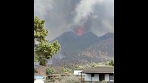 Le spaventose esplosioni del vulcano Cumbre Vieja alle Canarie