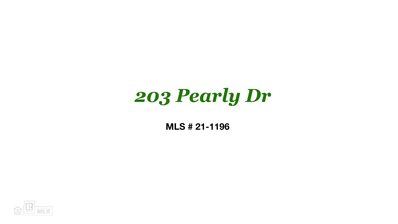 203 Pearly Dr (U).  Lake Martin AL