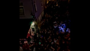 Norvegia, migliaia ballano in strada per festeggiare l'abolizione di tutte le restrizioni