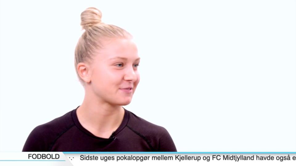 Michala Møller - Bagspiller, Team Esbjerg