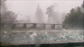 Bombe di ghiaccio dal cielo, la grandinata estrema a Bivigliano