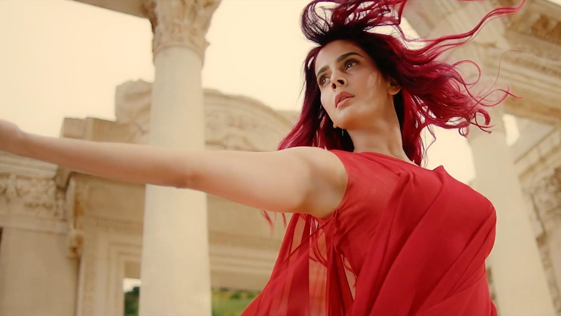Set&Touch Featuring Saba Qamar