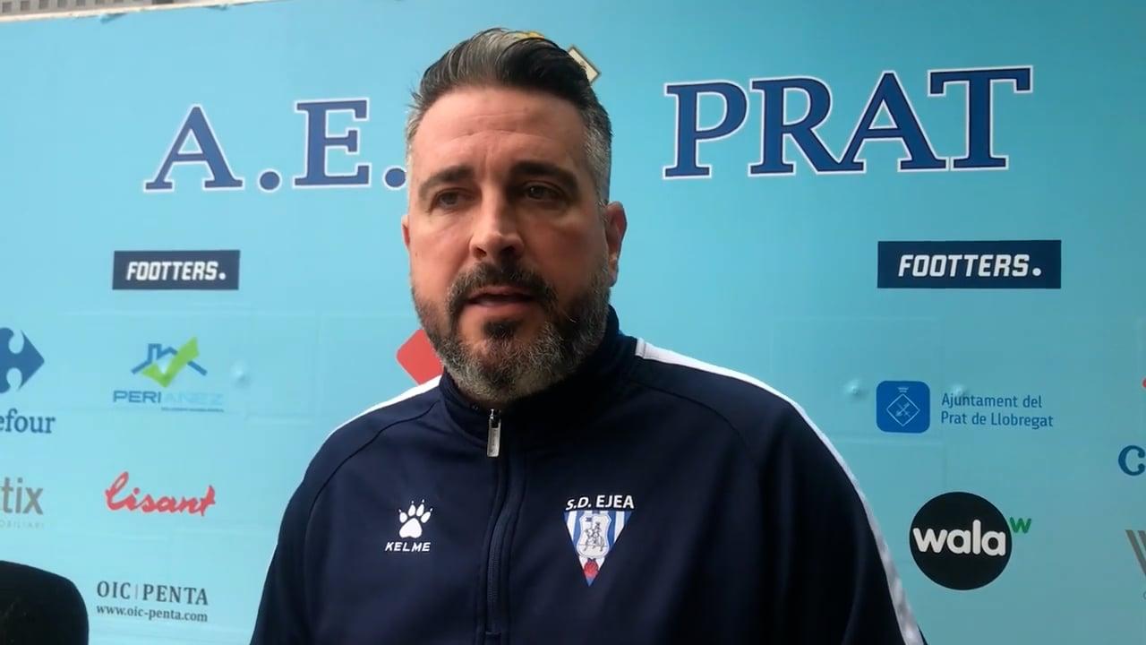 NÉSTOR PÉREZ (Entrenador Ejea) AE Prat 2-1 SD Ejea / J 6 / 2ª RFEF - Grupo 3 / Fuente Facebook SD Ejea