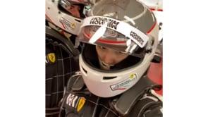 Mamma e fidanzata per la prima volta sulla Ferrari: Leclerc in pista a Maranello con le sue donne