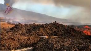 La Palma, la lava del vulcano Cumbre Vieja avanza verso la zona industriale