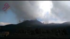 Il vulcano Cumbre Vieja fa paura, fortissime esplosioni avvertite a La Palma