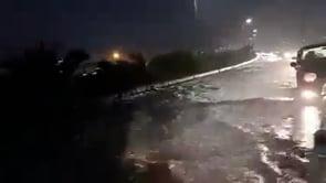 Piogge torrenziali ad Algeri, strade come fiumi