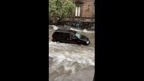 Strade come fiumi in piena a Catania