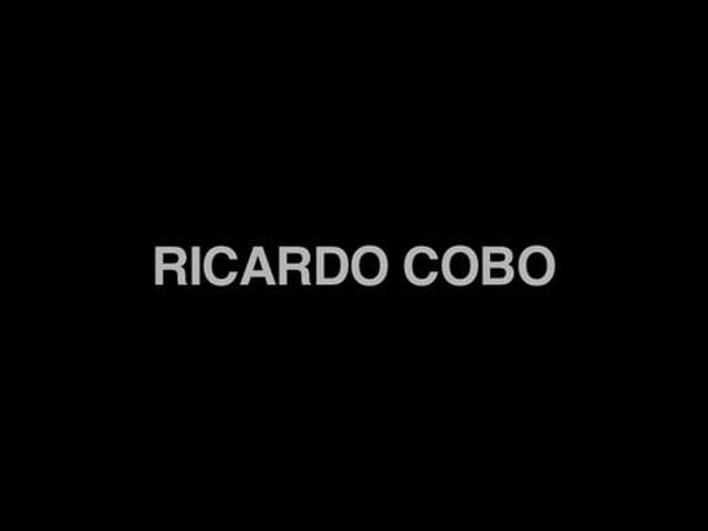 Ricardo Cobo on the Ricardo Cobo Signature Guitar by Alhambra