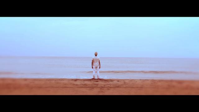 Roger Shah presents Sunlounger feat. Inger Hansen - Breaking Waves (Director's Cut)