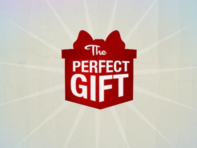 """American Red Cross — """"The Perfect Gift"""""""
