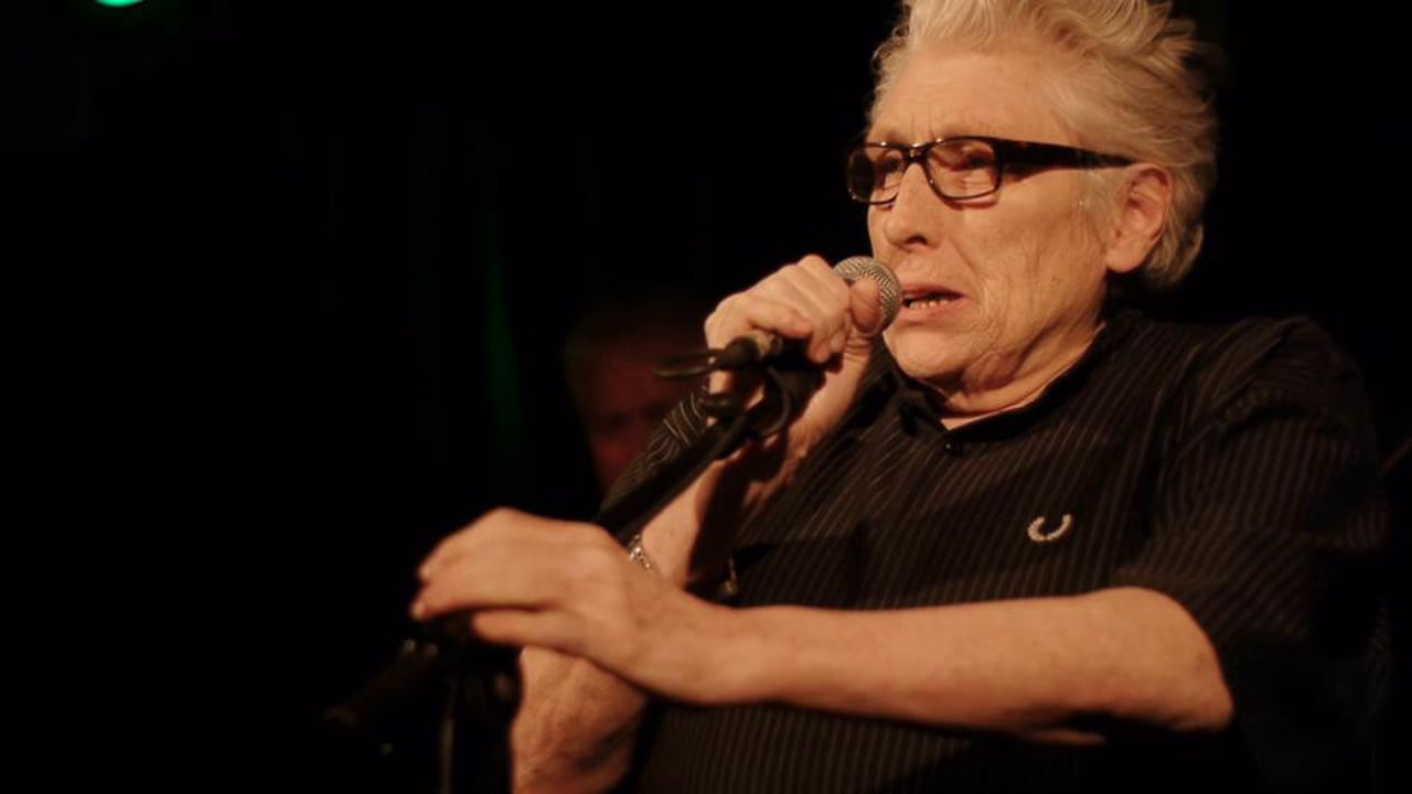 Chris Farlowe with Larry Garner & the Norman Beaker Band - Stormy Monday Blues LIVE