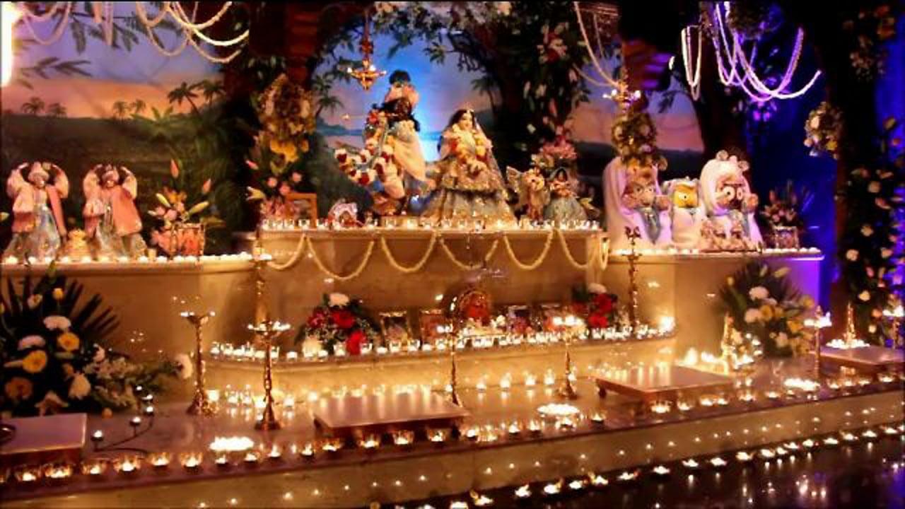 Shri Krishna Janmastami 2012 - Mangal Aarti