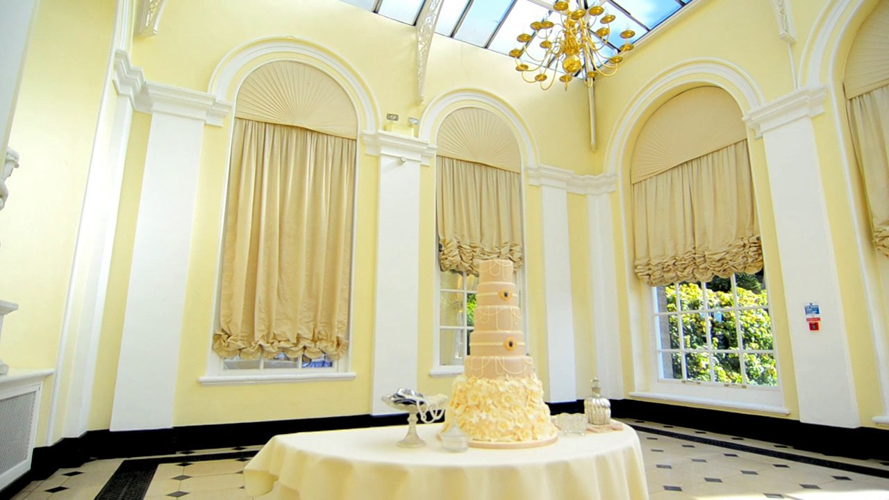 Preview version of the GC Couture 2013 Cake Collection photo shoot at Blenheim Palace