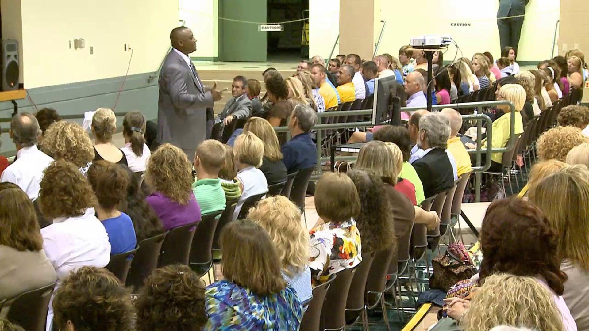 Motivational Speaker Mark Anthony Garrett Inspiring Teachers To Be Great
