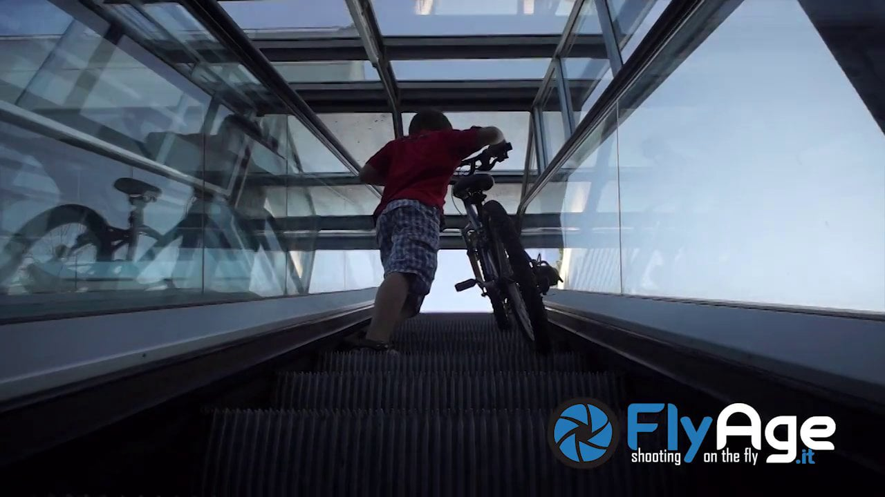 Test of New Fly Age  MuvI (hacked movi)