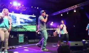 Rob Raps with Mandisa