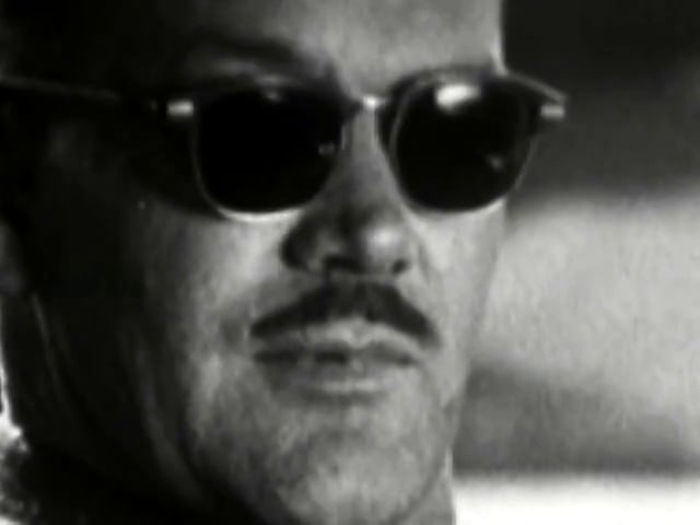 1.22 Mustache