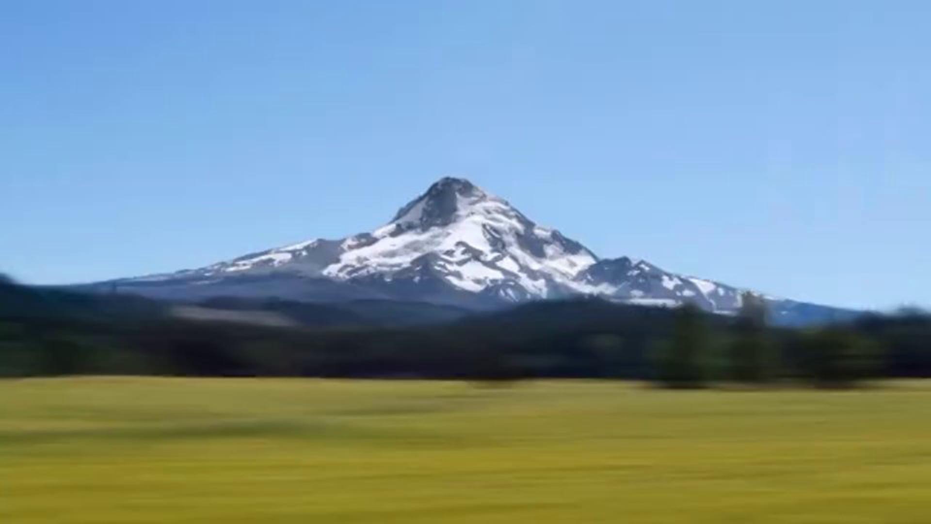 Hyperlapse - Spinning a Mountain (Mt. Hood, OR)