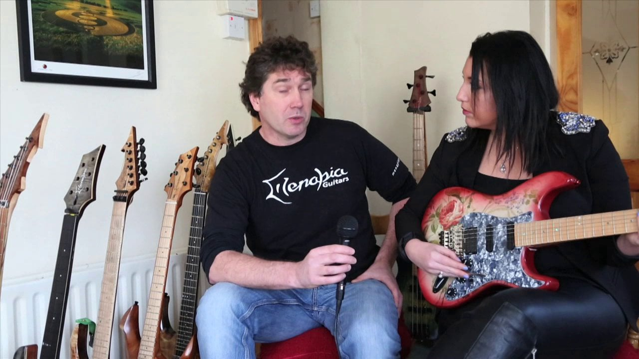 Menapia Guitars