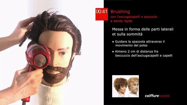 5. Brushing con l`asciugacapelli e spazzola a setole rigide