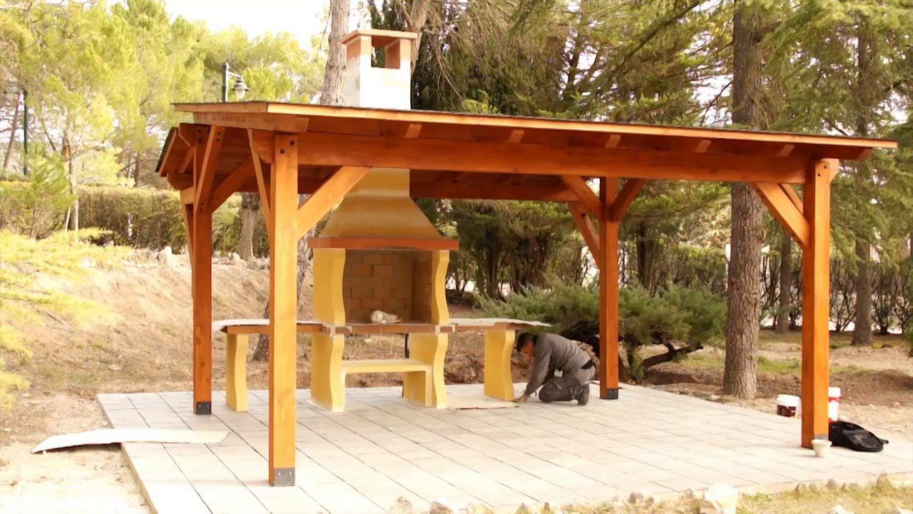 Pasos para la instalación de una barbacoa con pérgola de madera