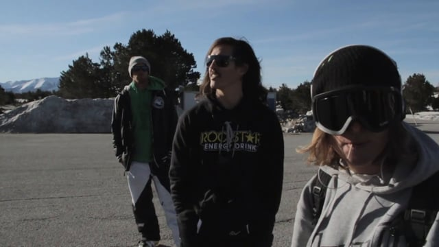 sunsetpark shred with will karl and noah from Borja Azurmendi