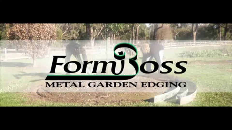 FormBoss Metal Garden Edging Installation