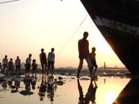 Frame from LUCKY DUCKS – Mumbai Montage