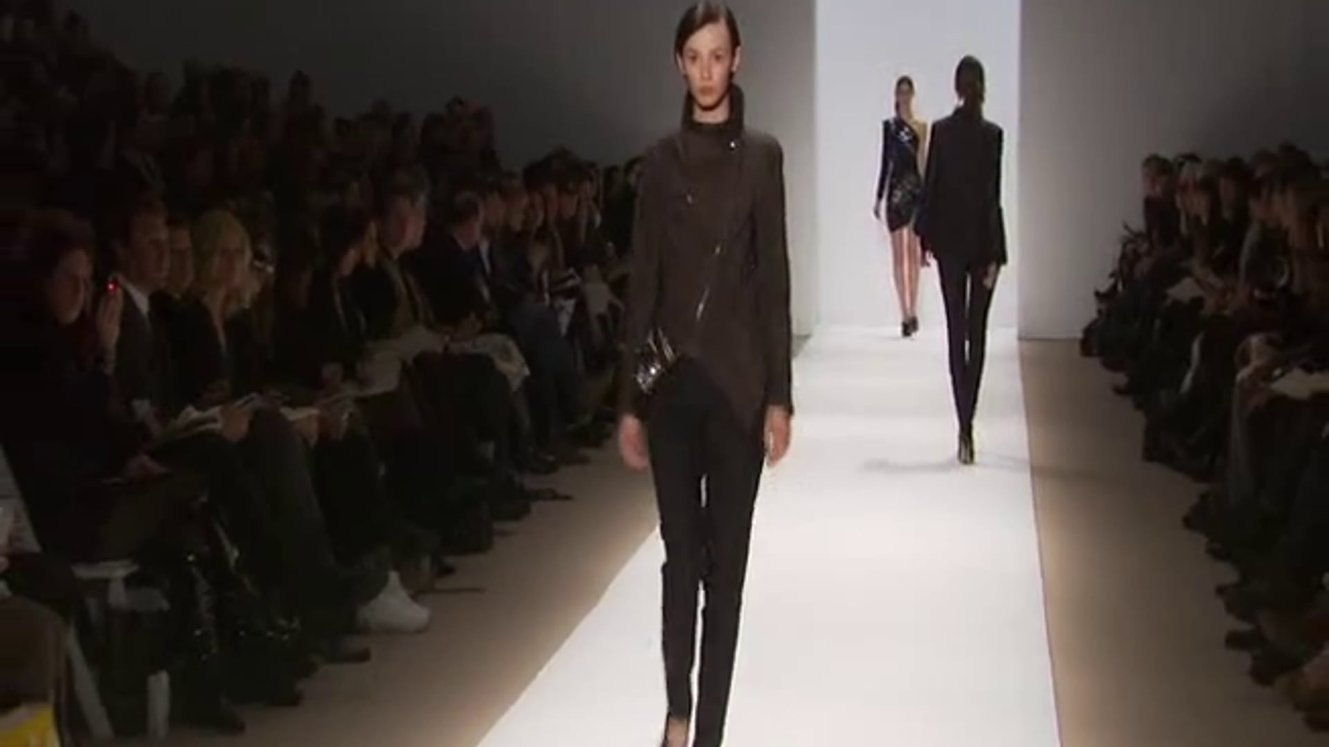 Mercedes Benz American Express 'Fashion Week Moment'