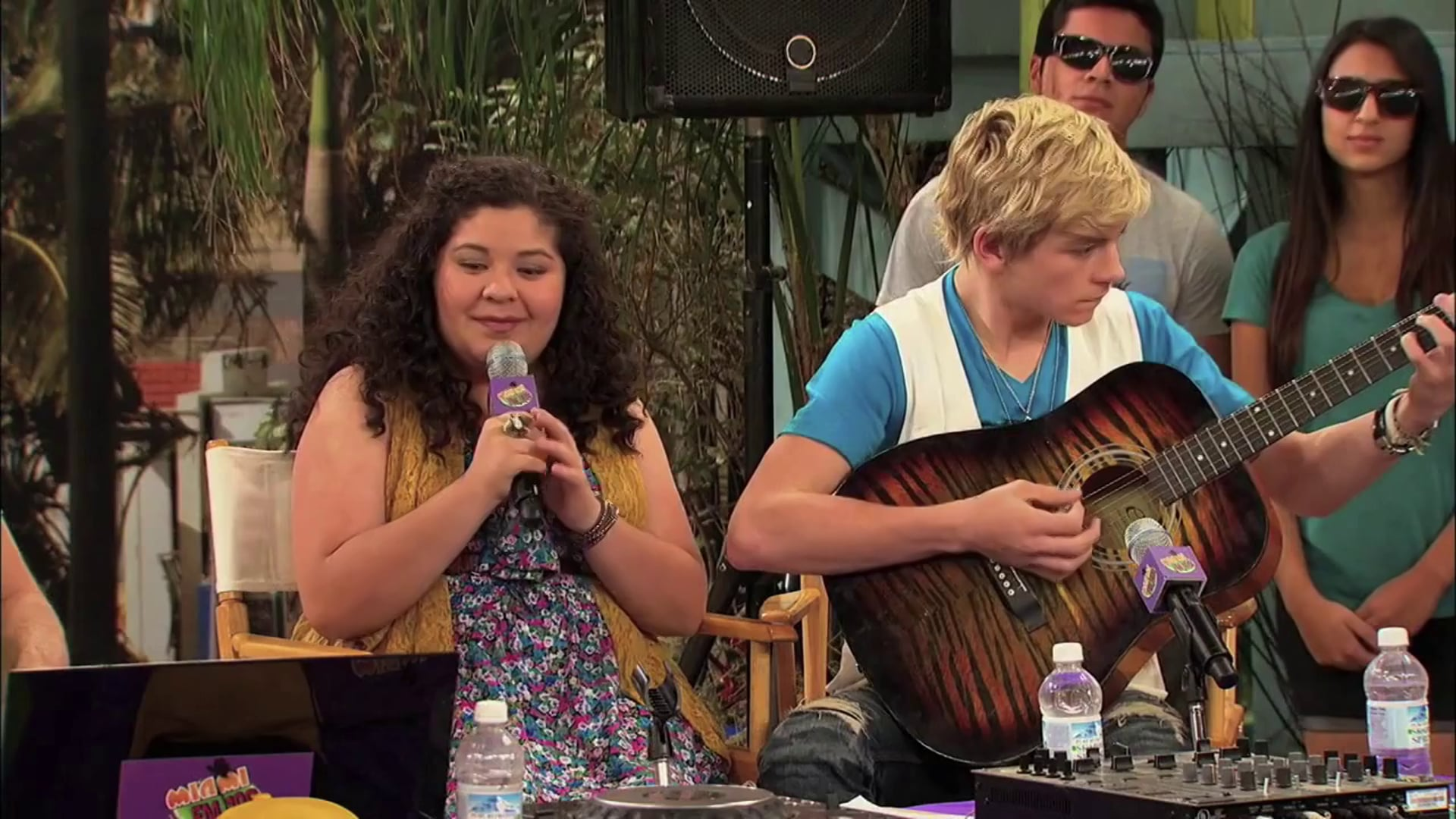 Austin & Ally - You Don't See Me