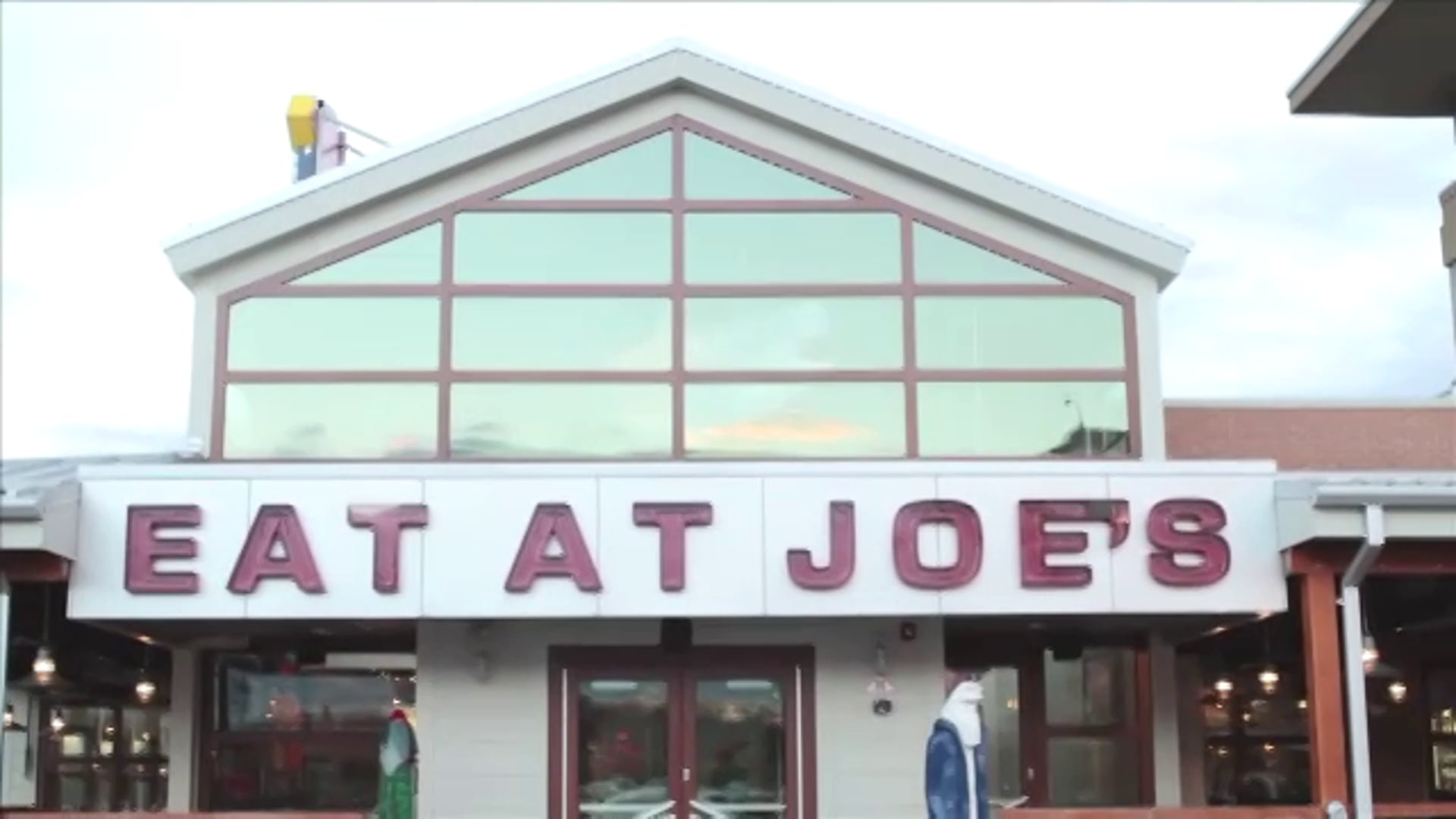 Joe's Crab Shack 100% Shore