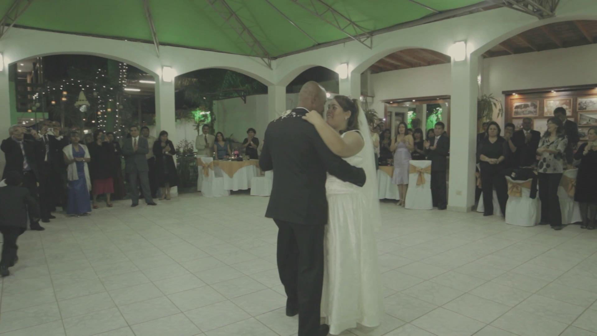 Una Boda Real en Chincha. Felicidades Leslie y Carlos!!!! Rafael Belenguer - Director Fotógrafico - Bodas Lima