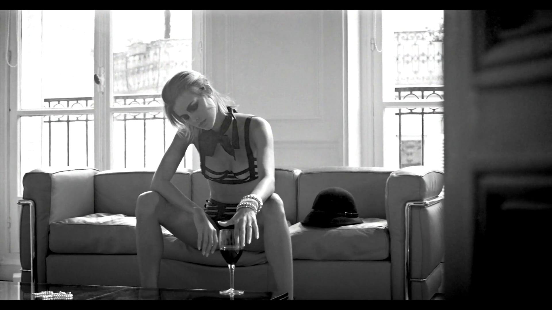 "Cosmogonie Paris - ""RedWine"""