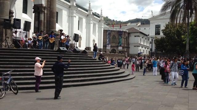 Sunday in Quito