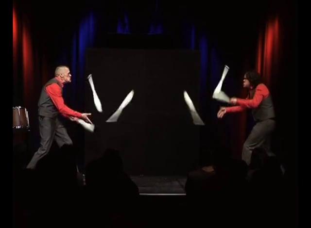 Duo Forzarello - Jonglage Comedy Feuershow video preview