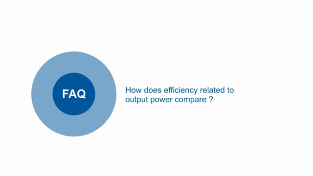 How does efficiency related to output power compare between the S and SA versions of PFE-SA power modules?