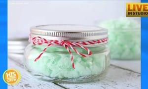 Christmas Crafts: DIY Mint Sugar Scrub