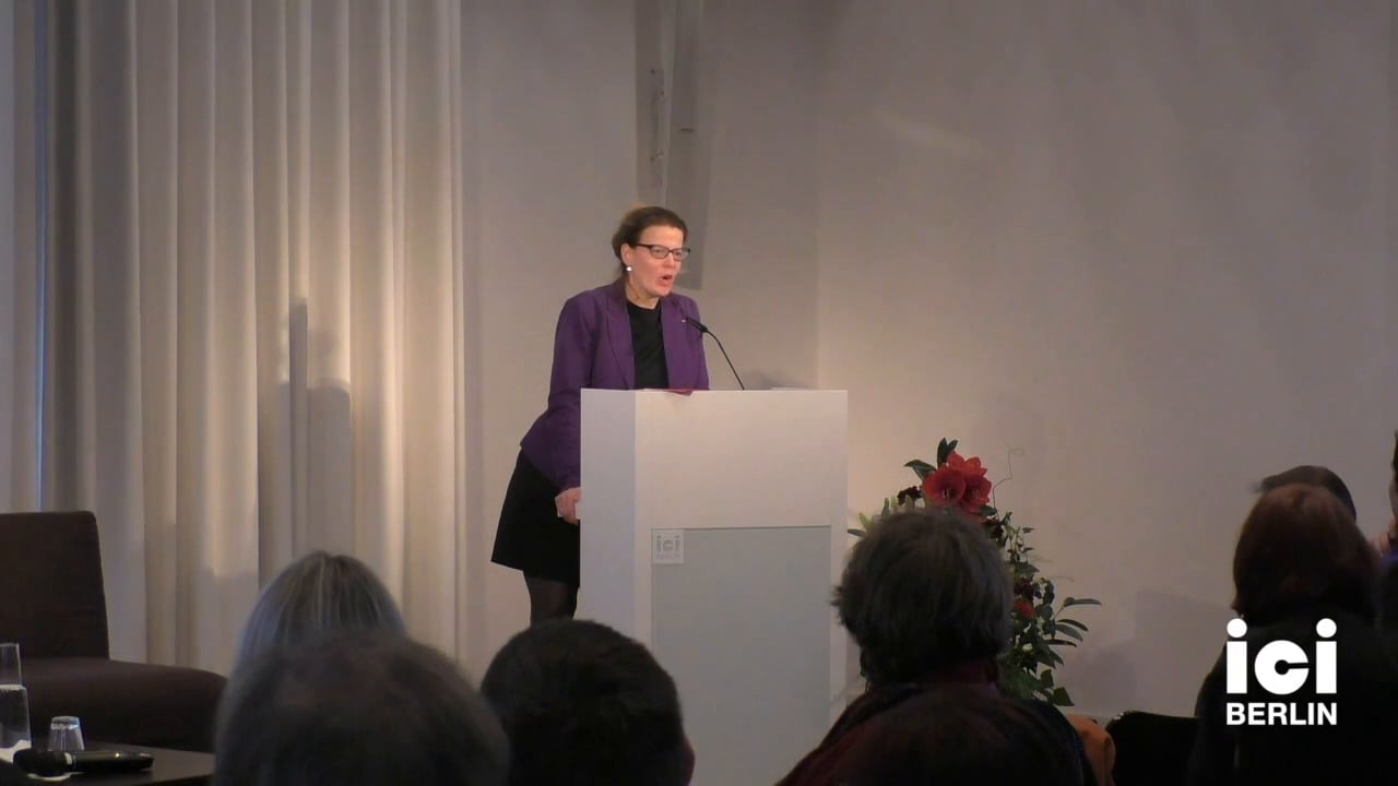 Introduction by Ramona Mosse [1]