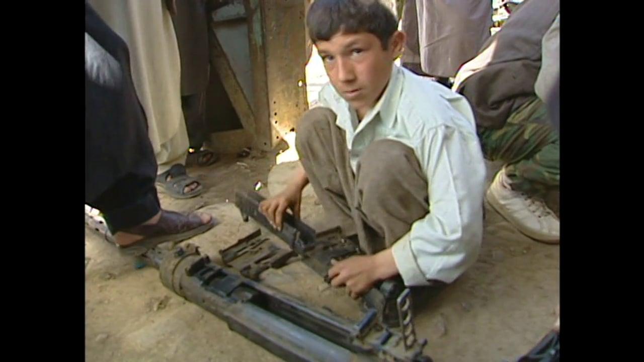 Afghanistan 2001 - Afghans and their Guns