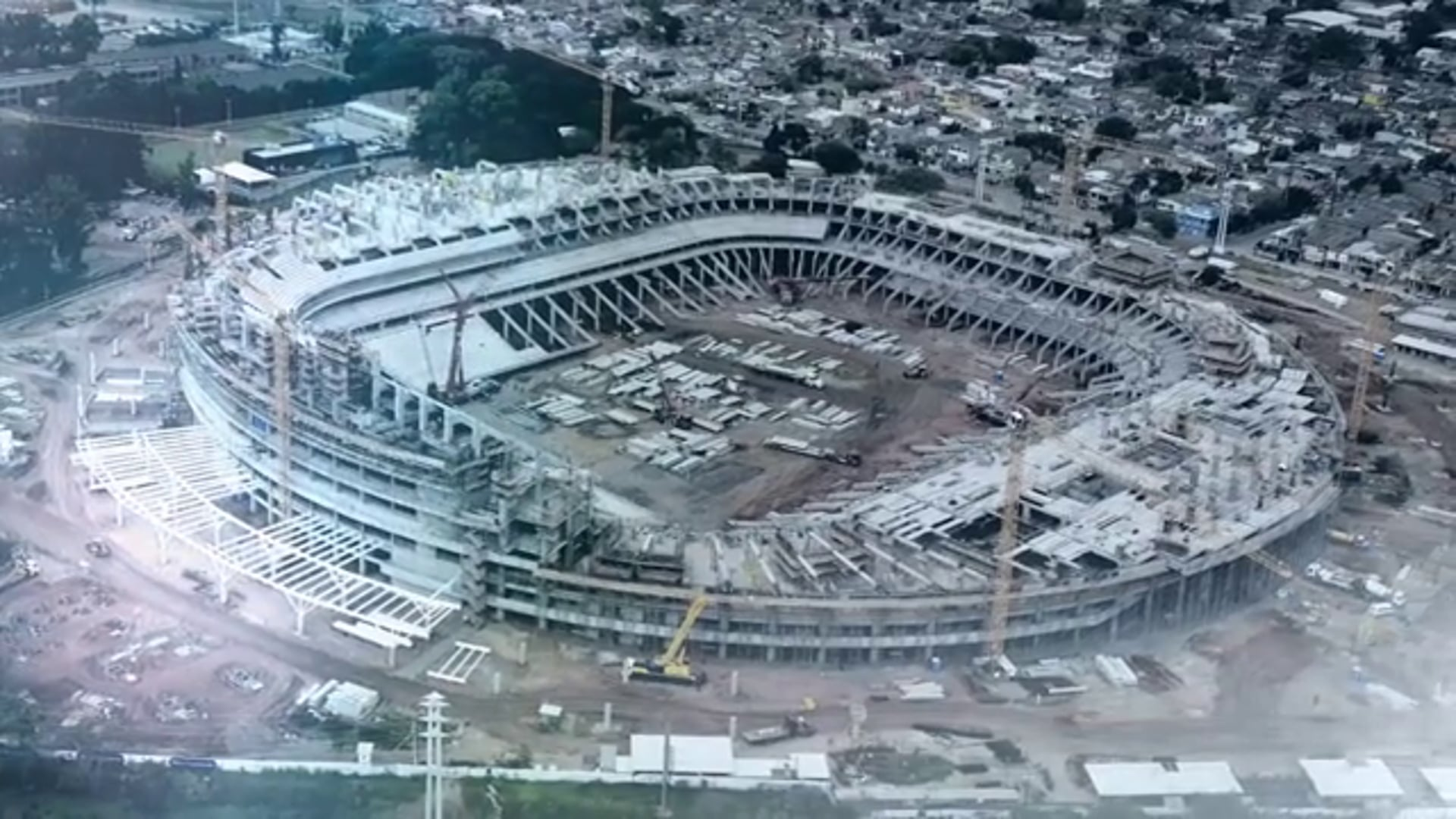 COCA-COLA - Diálogo Entre Dois Estádios
