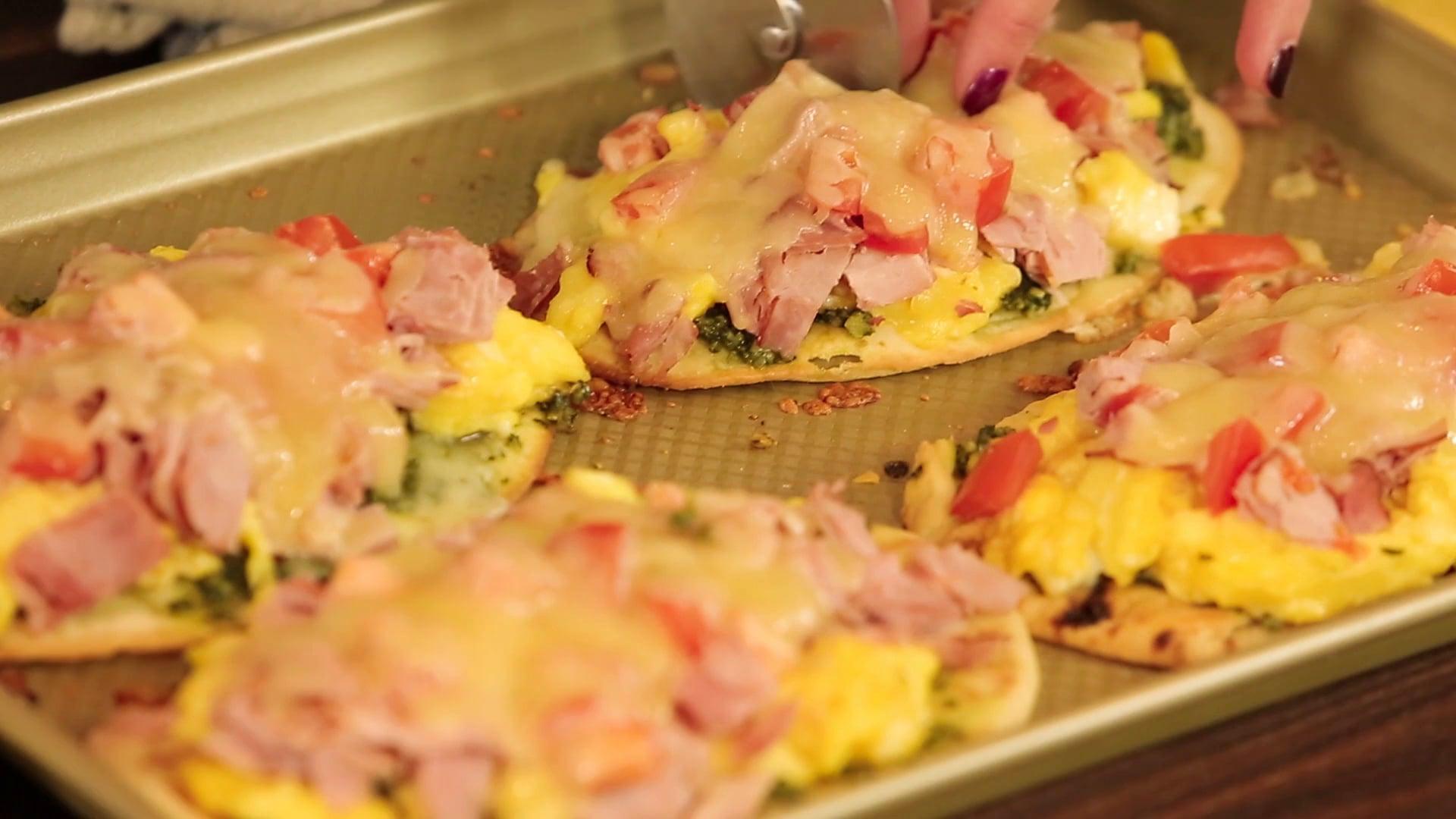 Green Eggs & Ham (Everyday Dishes & DIY)