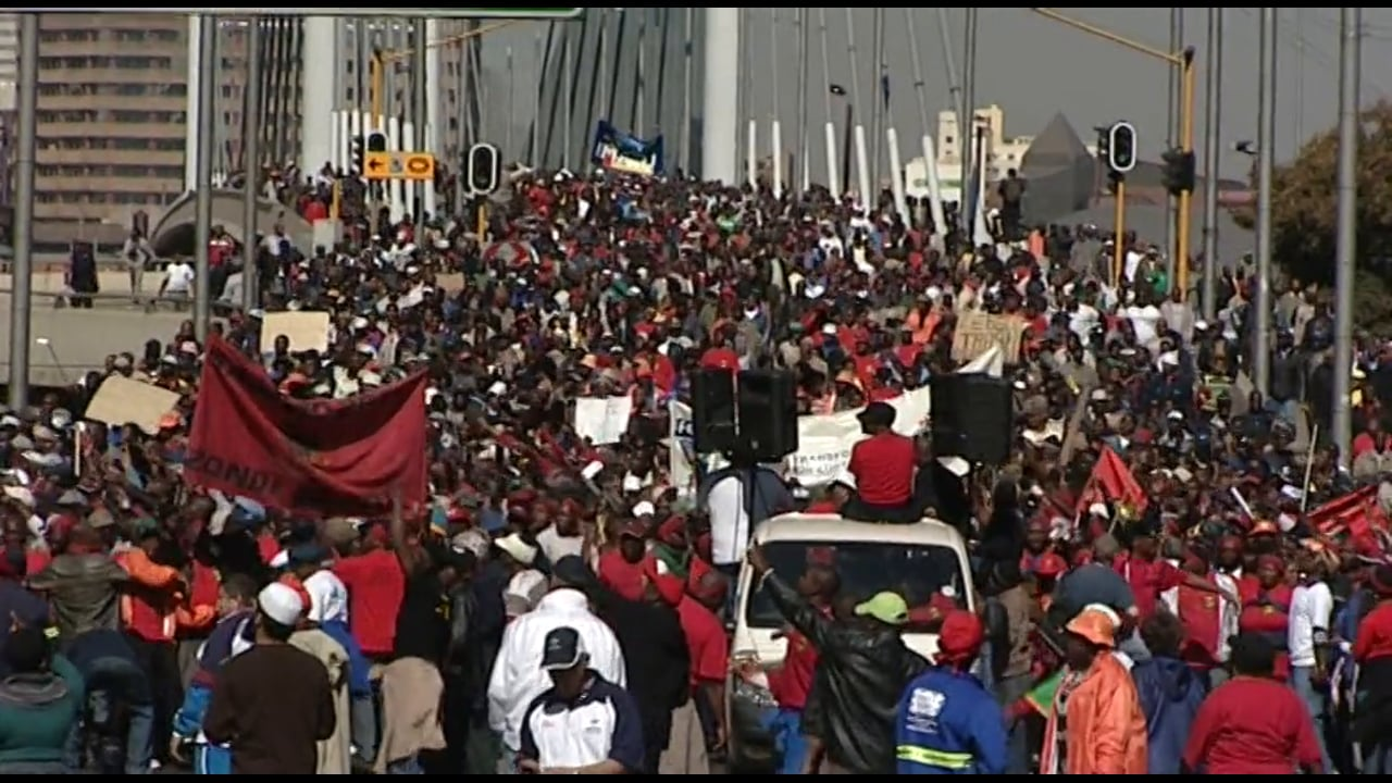 South Africa 2009 - Municipal Workers Show their Strength