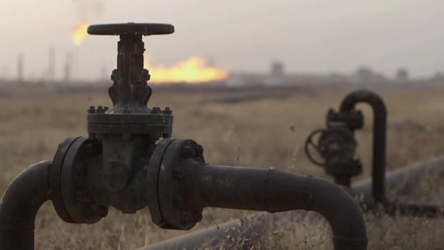 EMBATTLED OIL-RICH KIRKUK FAILED BY IRAQ, TURNS TO KURDISTAN